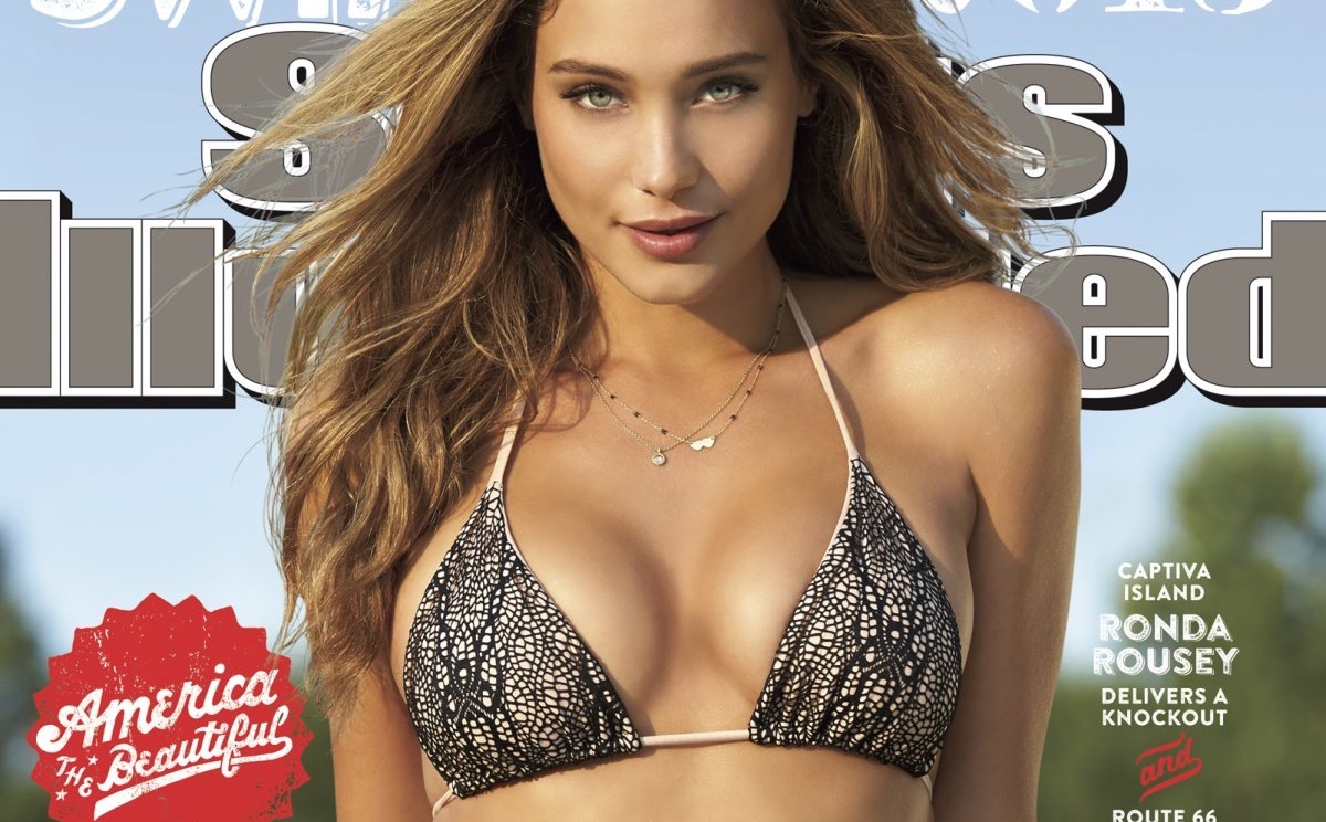 Sports Illustrated Swimsuit Issue Model Hannah Davis Defends Cover