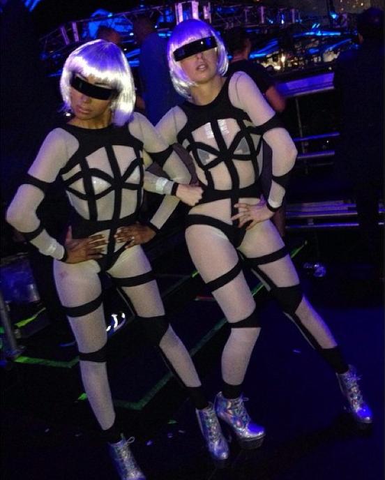 Miami ultra music festival fashion-4