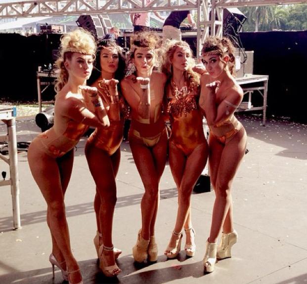 Miami ultra music festival fashion-5