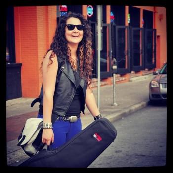 Laurel Taylor indie artist ava live radio