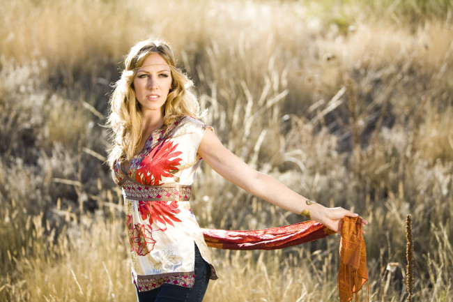 Katey Laurel ava live radio
