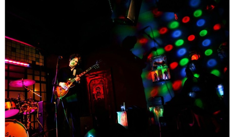 Indie Band ELECTRIC CIRCUS Rocks Minnesota with Psychedelic Rock