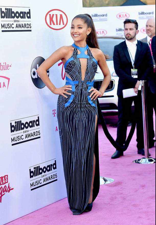 Dangerous woman @ArianaGrande lands on the #BBMAs pink carpet!